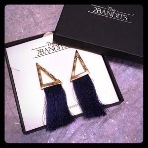 Jewelry - Brand new never worn the 2Bandits earrings!